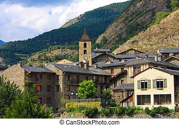 Schöne Stadt mit Ordino in Andorra
