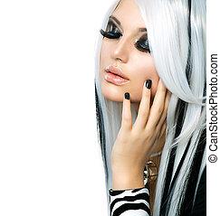 Schönheits-Model schwarz-weiß. Langes weißes Haar