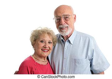 Senior-Paar zusammen horizontal