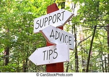 Signpost mit drei Pfeilen - Unterstützung, Beratung, Tipps Konzept.