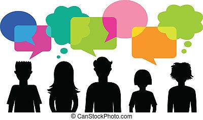 Silhouette von jungen Leuten mit Sprachblasen