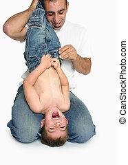 Spaß und Lachen mit Dad.