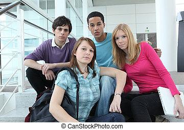 Teenager in der Schule