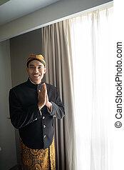 traditionelle , tragen, gebärde, beskap, herzlich willkommen, mann, indonesisch, asiatisch, kleidung