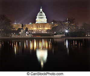 US-Citol Nacht Reflexion Washington DC.