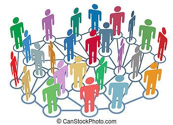 Viele Menschen reden über soziale Netzwerke