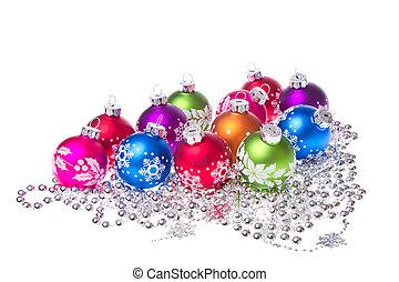 Weihnachtsbälle mit Schneeflockensymbolen