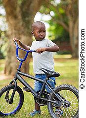wenig, fahrrad, junge, afrikanisch, seine