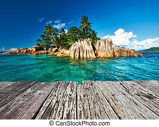 Wunderschöne tropische Insel